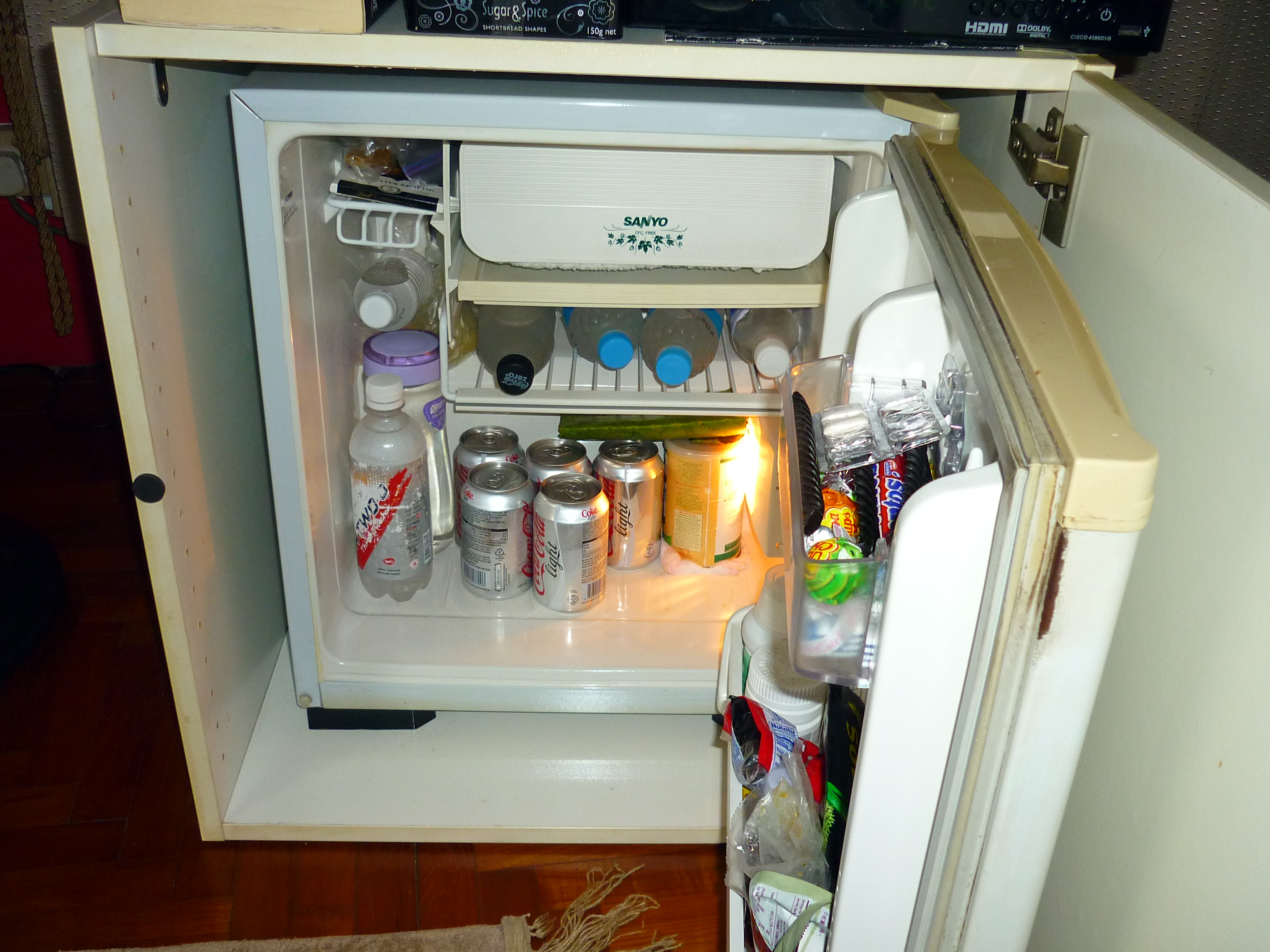 Mini Fridge - SANYO