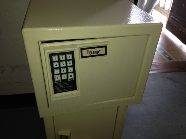 Safety Deposit Box - Model Elsafe 220-018
