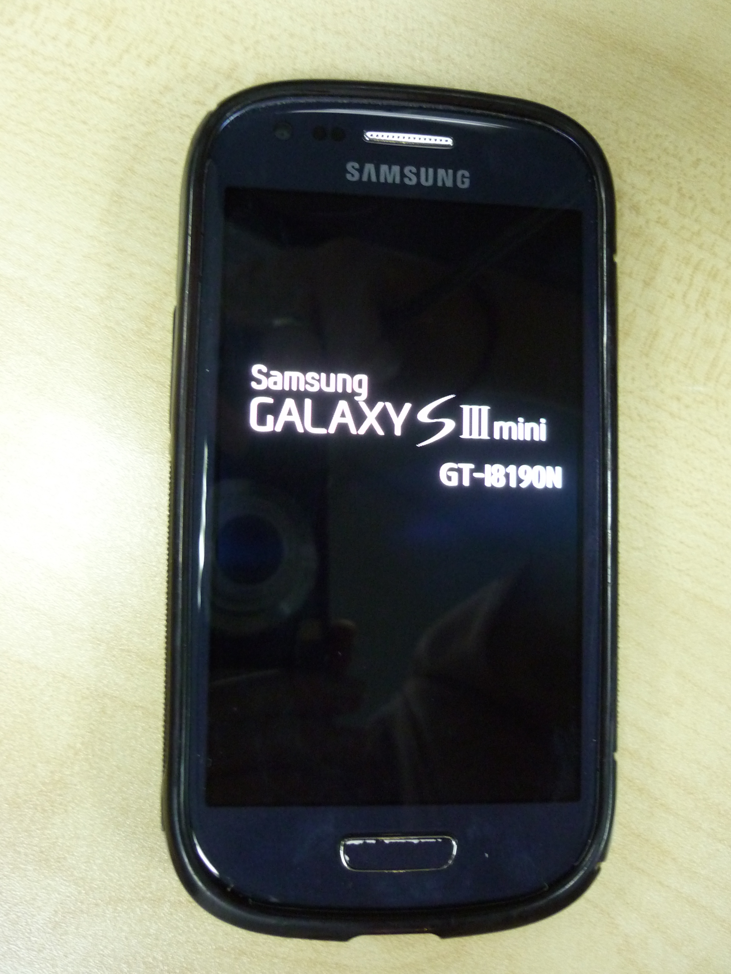 Samsung Galaxy S3 Mini with power adaptor QTY : 30